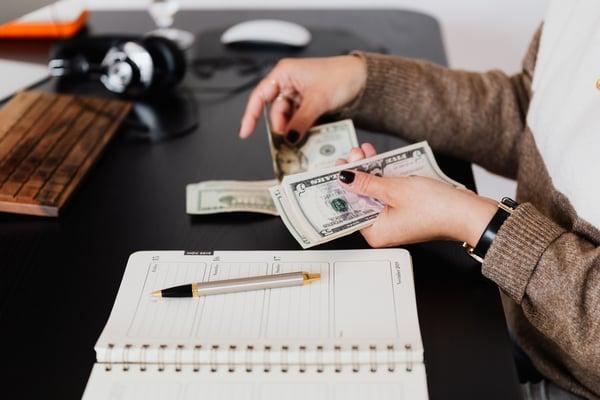 money-reimbursement-counting-calendar